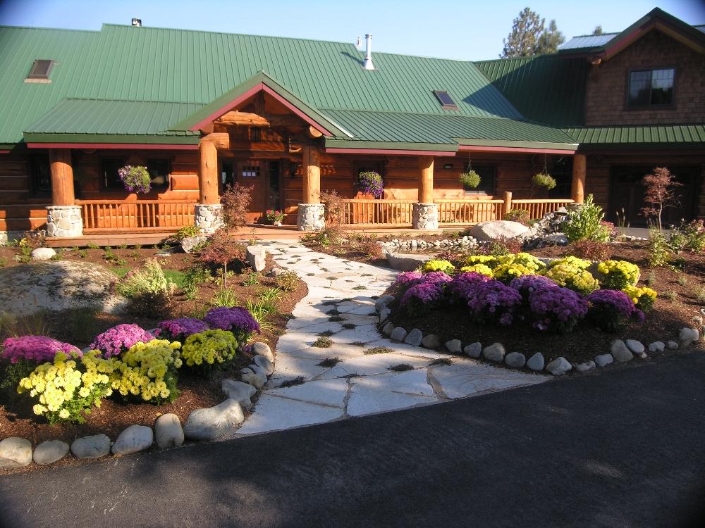 Turfcare Landscaping Sandpoint Flower Beds (15)
