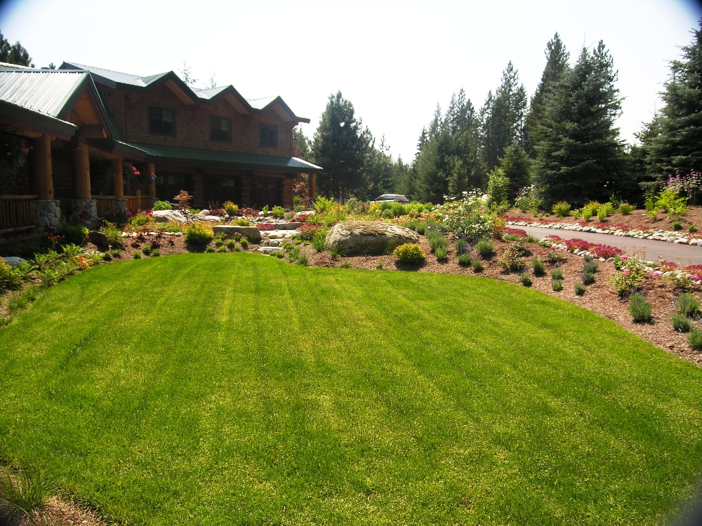 Landscaping Without Flower Beds : Flower beds turfcare landscaping in sandpoint idaho
